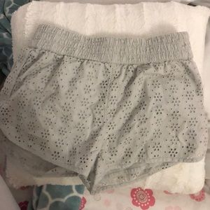 Grey American eagle patterned shorts